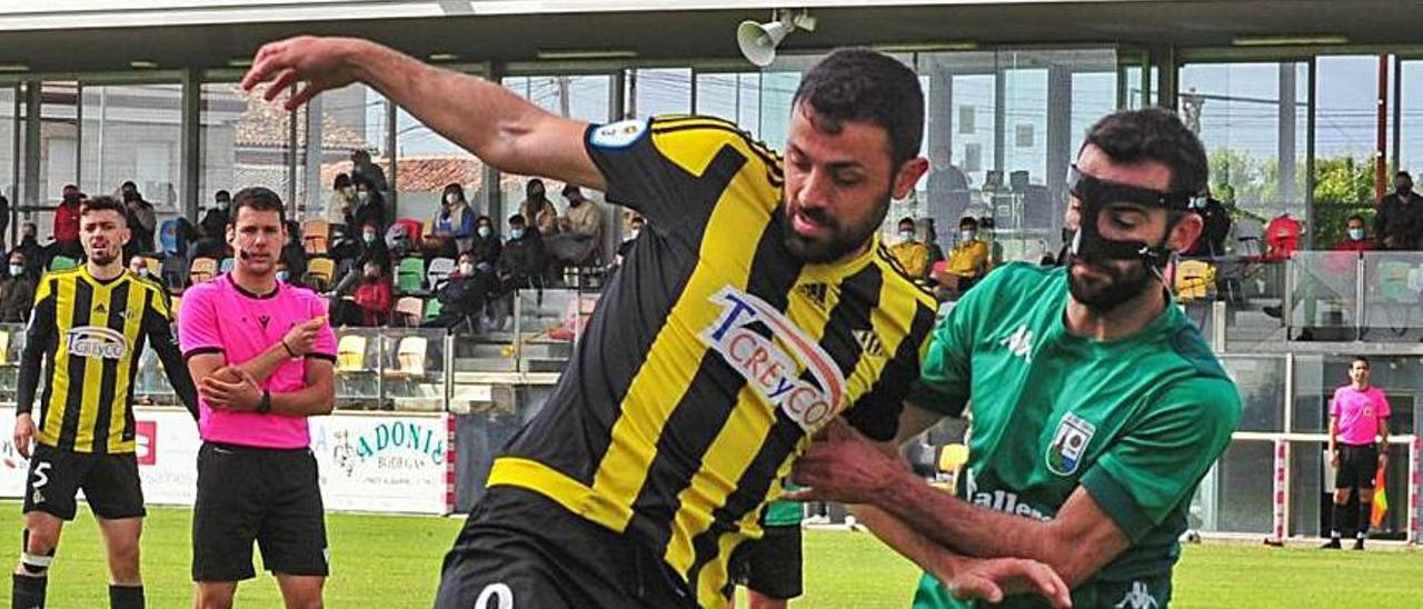 Hugo Soto dio una asistencia y marcó un gol en el Arasolis. |  // I. ABELLA