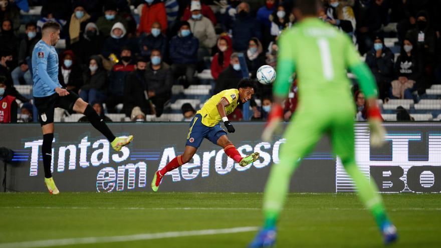 Partidazo de Mojica en el 0-0 de Colombia en Uruguay