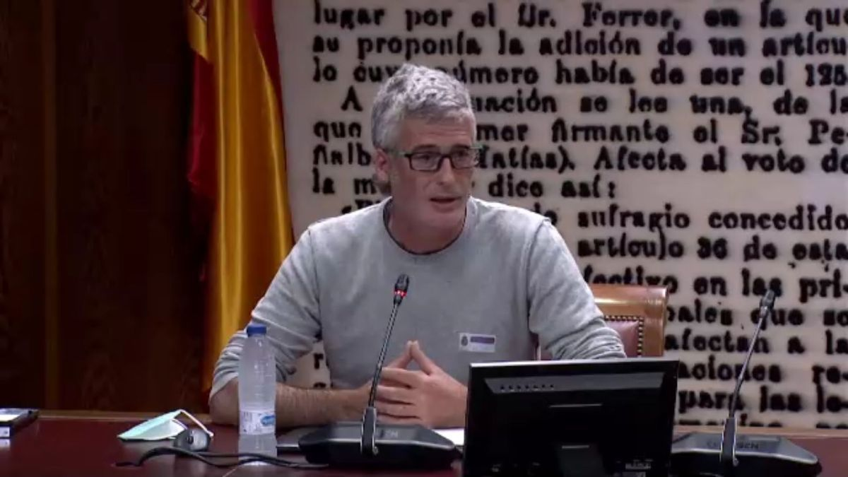 Teruel Existe lleva al Senado al profesor asociado de Geografía en la Universidad Rovira i Virgili, Sergi Saladiè, para comparecer ante la Comisión de Transición Ecológica.
