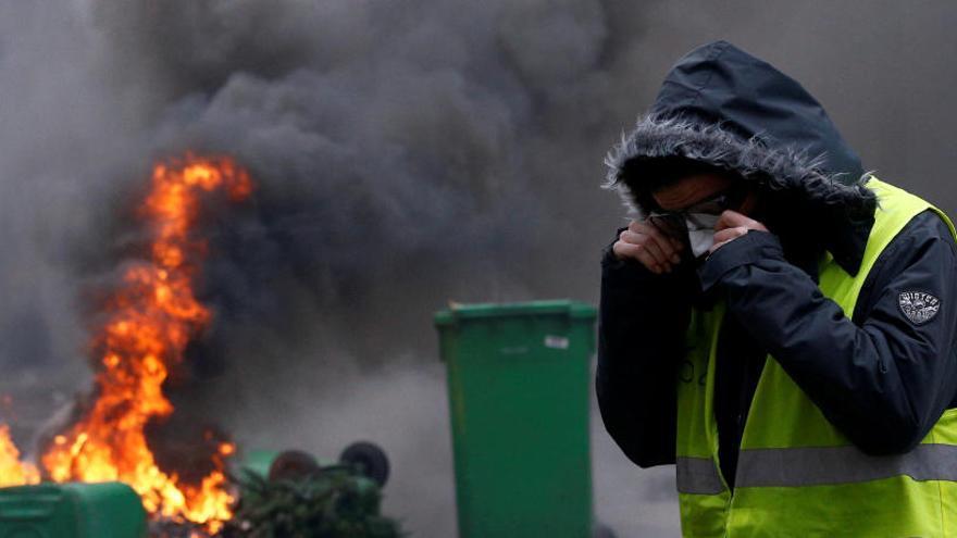 França torna a viure un dissabte de protestes amb més de 1.000 detinguts