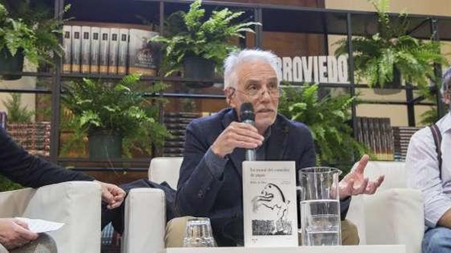 "Pedro de Silva explica ""La moral del comedor de pipas"""