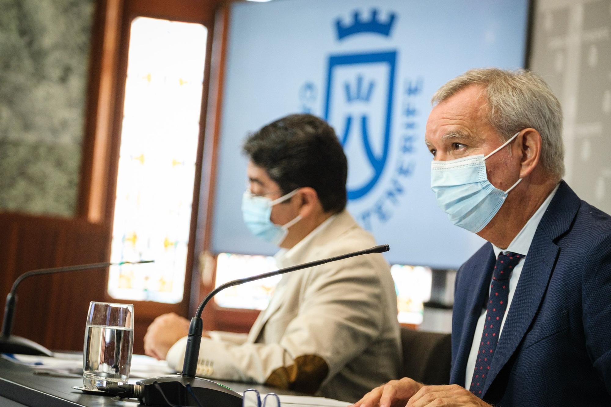 El Cabildo y el Gobierno analizan cuatro alternativas para aliviar el colapso de Los Cristianos