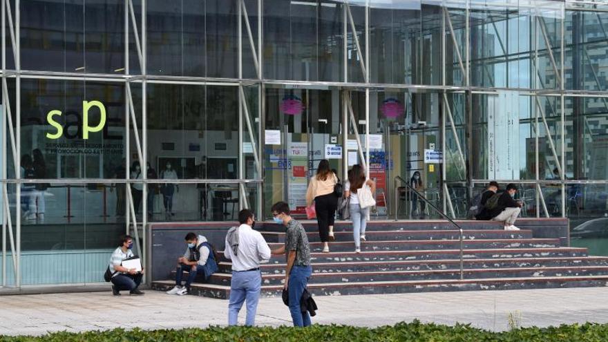 La Universidade aumentó su superávit casi un millón de euros el año de inicio de la pandemia