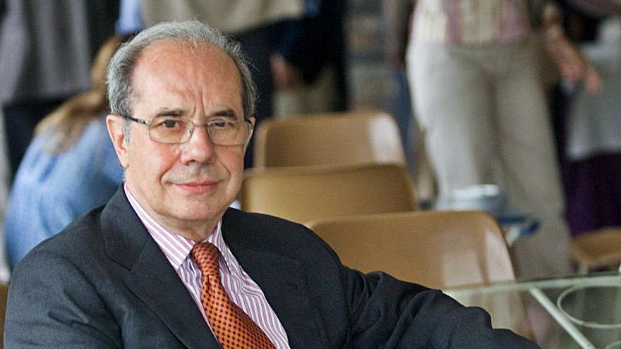 Fallece a los 81 años el ingeniero mierense Elías Velasco, que fue director general de Unión Fenosa
