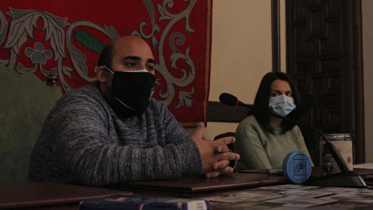 José Antonio Pascual y Eugenia Cabezas presentan el taller