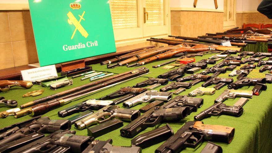 Condemnes de fins a tres anys de presó per a 12 traficants d'armes de les comarques gironines