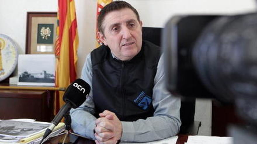 L'alcalde de Sixena: 'Si les pintures han estat vuit segles sense climatització, no sé a què ve ara tanta obsessió'