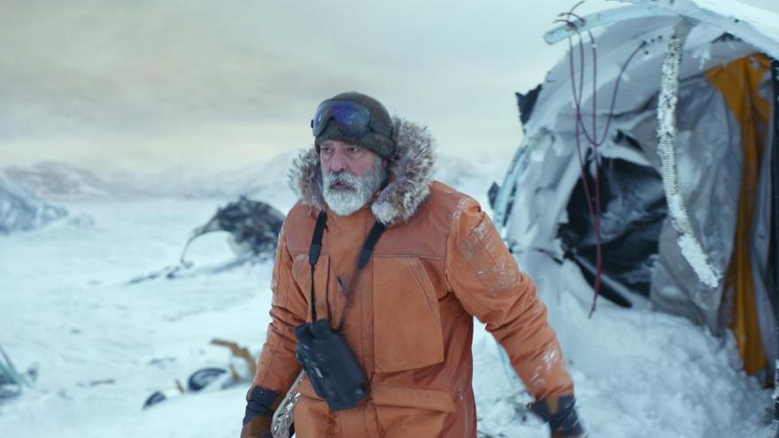 George Clooney e Isabel Coixet, en los estrenos de la semana