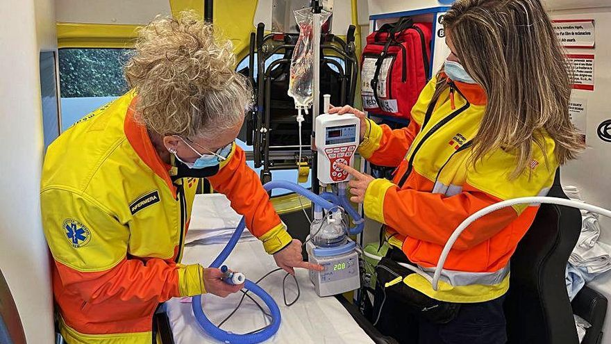 Berga té una ambulància amb oxigenació que evita intubacions