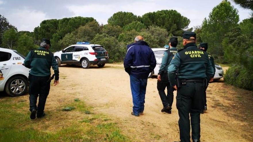 """La Guardia Civil de Zamora localiza a una hombre desorientado en Monte la Reina: """"No sé volver a casa"""""""