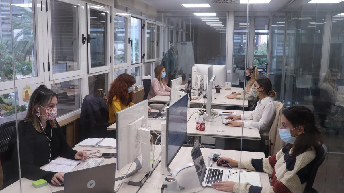 Las mujeres trabajarán gratis desde hoy hasta terminar 2020 como consecuencia de la brecha salarial