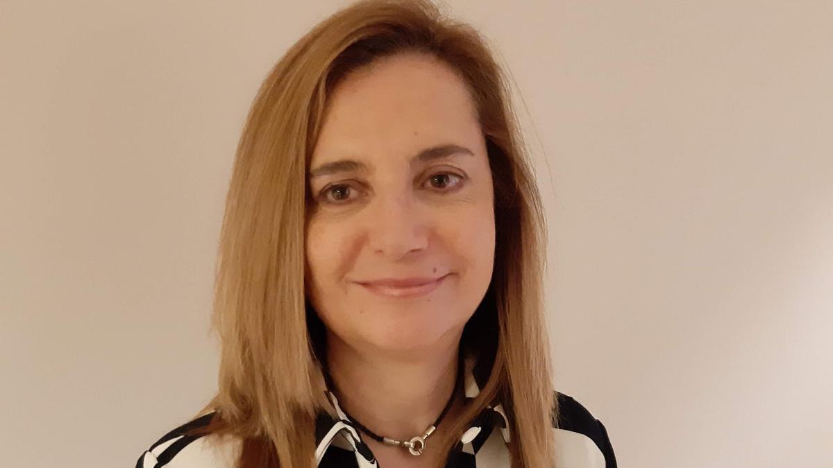 Pilar Barcelona, directora de la Oficina de Zaragoza de Renta 4 Banco, participará en el ciclo 'Invierte en tendencias'.