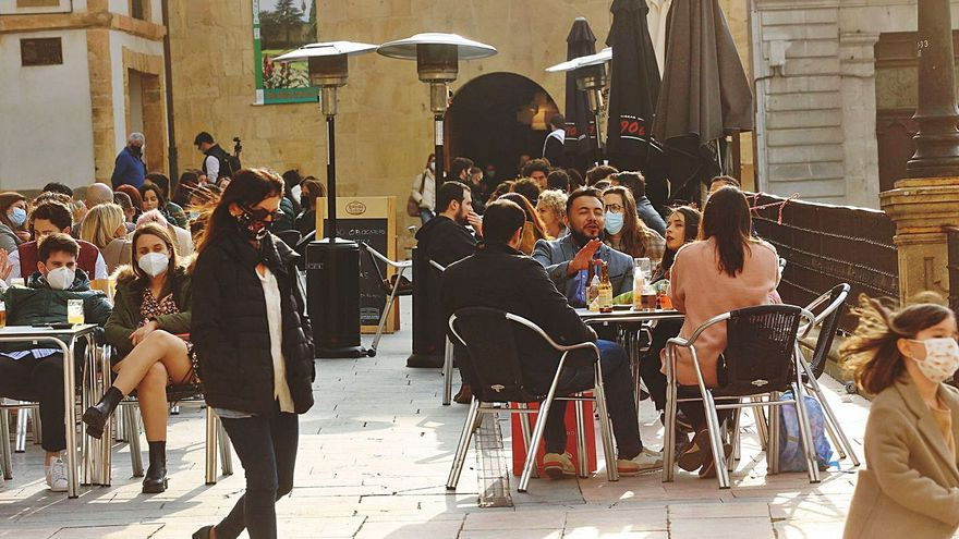"""La hostelería cierra una Semana Santa """"menos desastrosa"""" de lo esperado"""