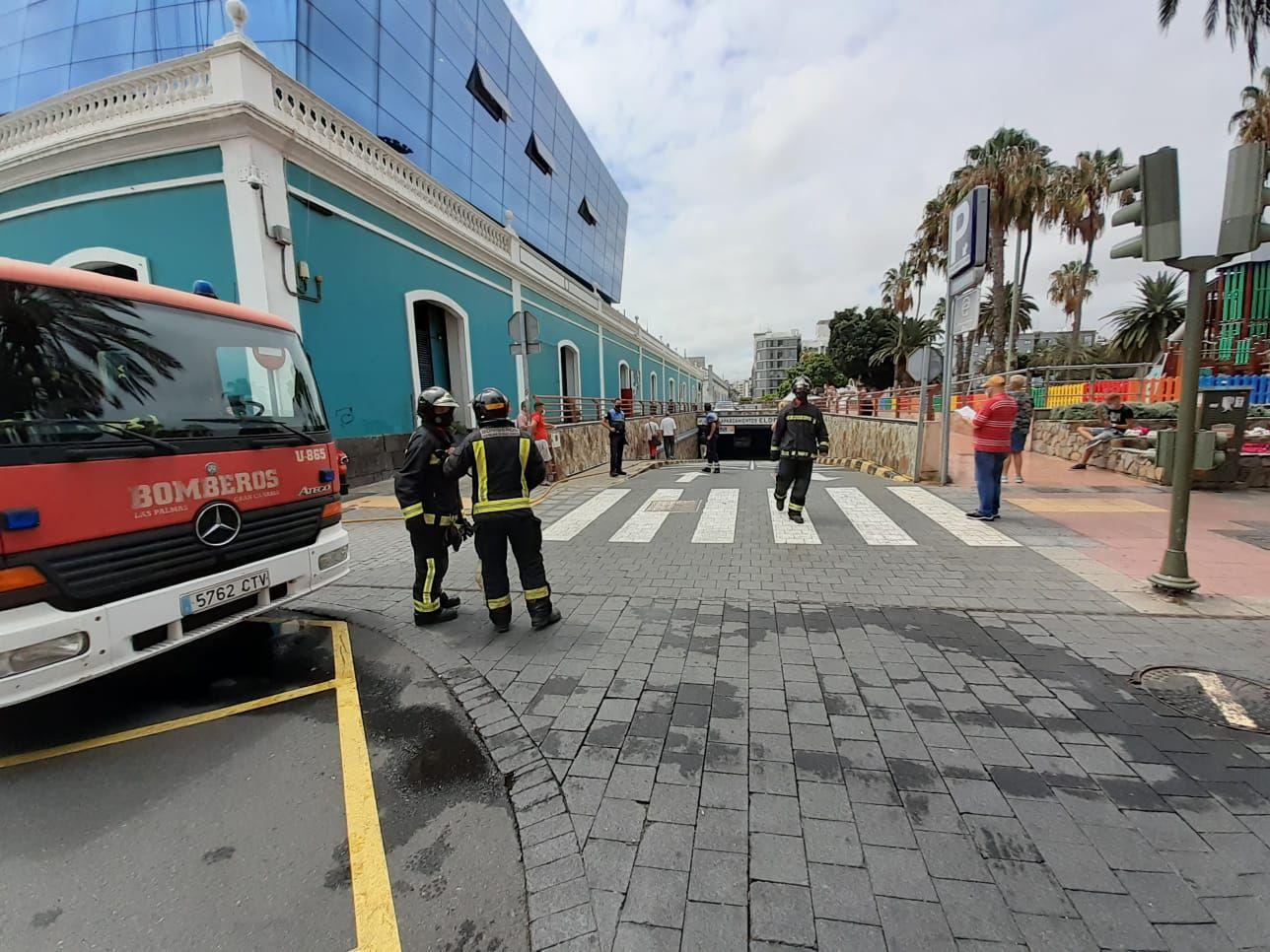 Incendio en el aparcamiento del Museo Elder