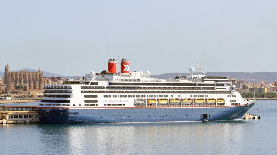 Desembarca por primera vez en el puerto de Palma el crucero 'Borealis'