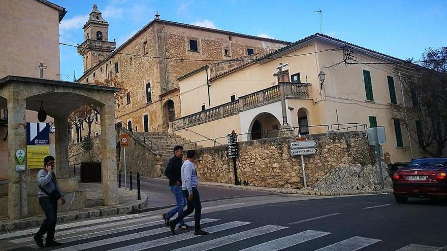 Mallorcas skurrilster Fahrstuhl darf wieder benutzt werden