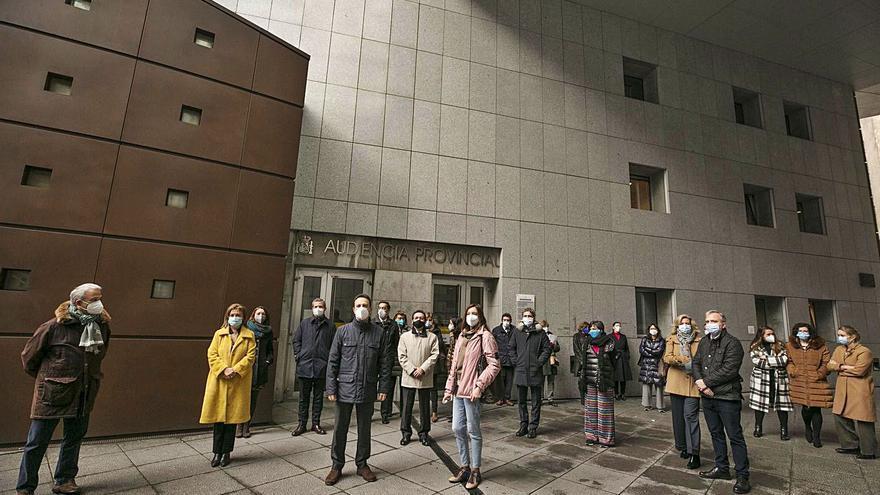 Magistrados y fiscales piden más seguridad tras el apuñalamiento de una jueza segoviana