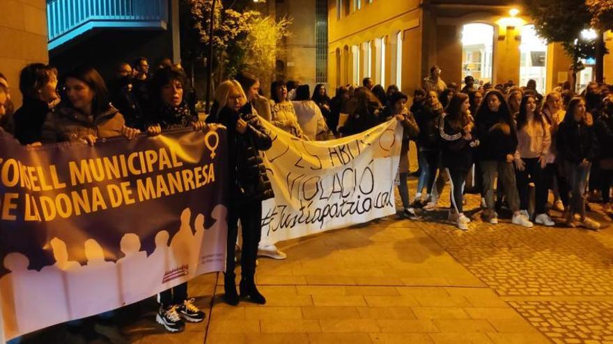 Una nova protesta clama a Manresa per un canvi a la llei perquè tot abús sexual es consideri agressió