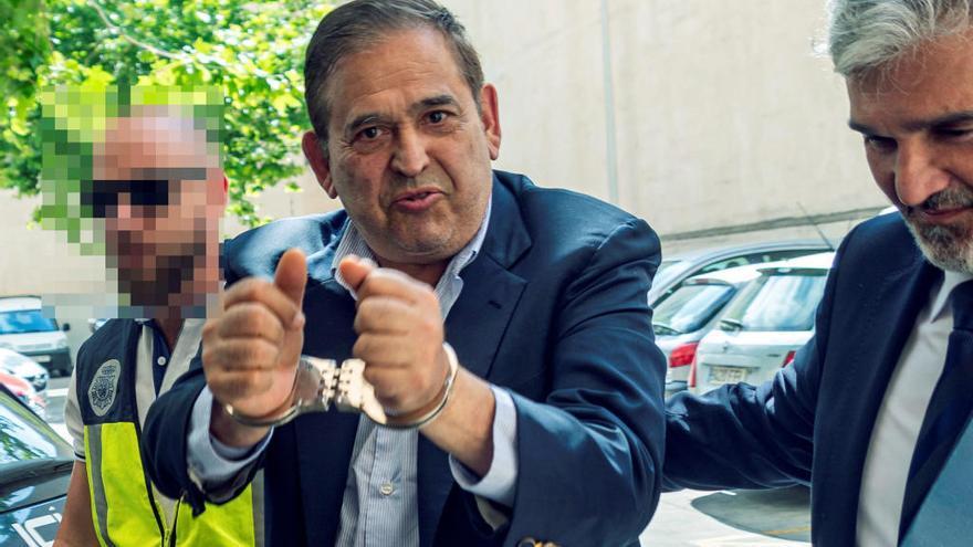 El empresario mexicano Alonso Ancira paga un millón de euros para salir de prisión mientras se tramita su extradición