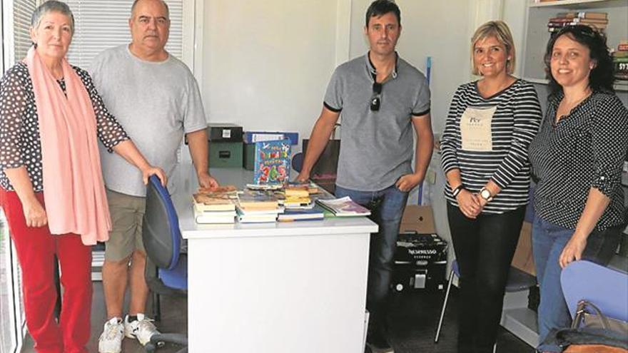 Los vecinos del Puerto de Burriana piden una biblioteca en condiciones