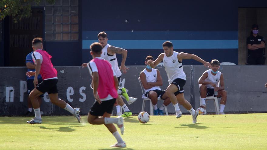El Málaga CF gana al filial en el partido de entrenamiento en la Federación (2-1)