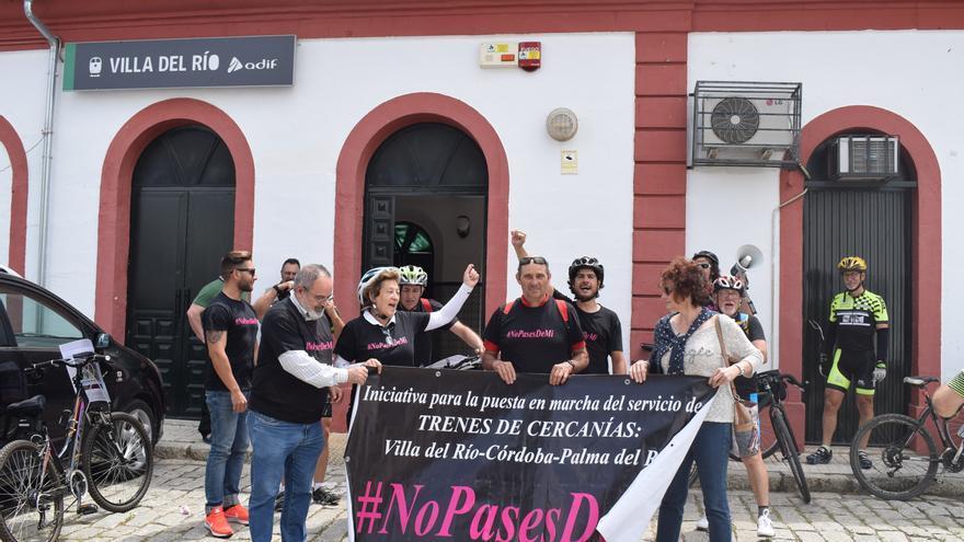 """La plataforma '#Nopasesdemí' critica la falta de """"voluntad política"""" de la Junta para el metrotrén"""