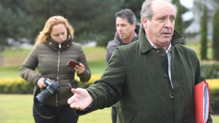 El alcalde de Cerceda se aferra al cargo
