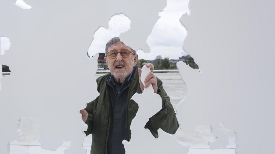 Muere el artista Juan Genovés