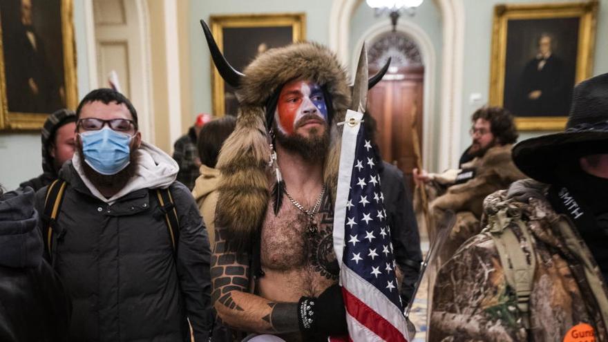 """Los asaltantes del Capitolio pretendían """"asesinar"""" a los legisladores, según los fiscales"""