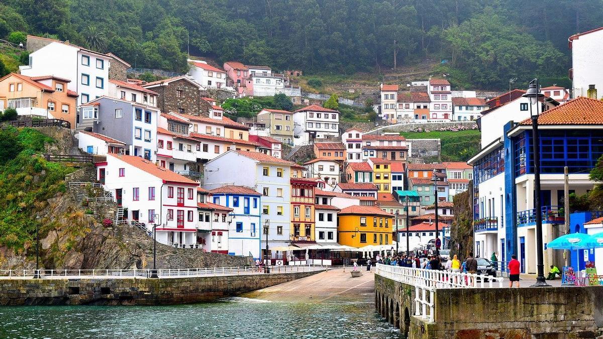 Cudillero, en Asturias, es uno de los pueblos pesqueros con más encanto de España.