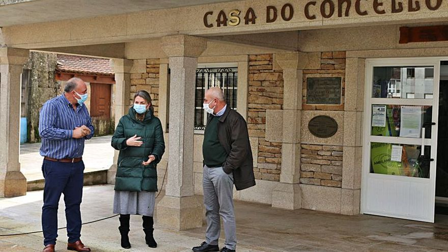 Agolada lleva a pleno las dedicaciones de Óscar Val, Pedro García y Marcos Galego