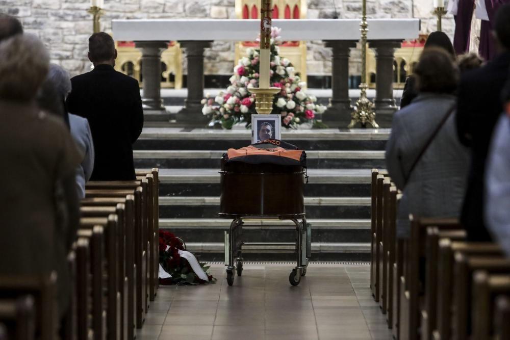 Funeral en Gijón por el motorista Vicente Navarro