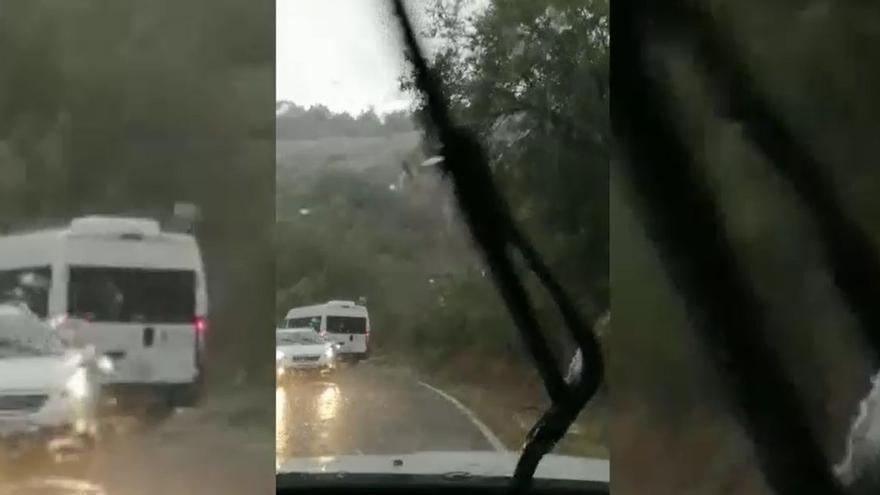 Tormenta capturada desde un coche en Rodellar