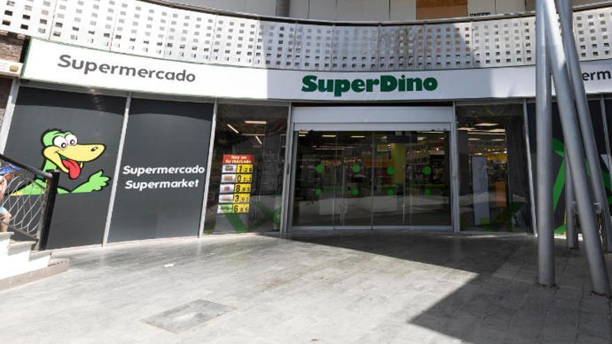 HiperDino renueva su tienda en el centro comercial Plaza Mogán