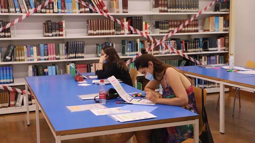 La Junta trabaja ya en el futuro de la biblioteca provincial cuyos fondos irán a los Patos