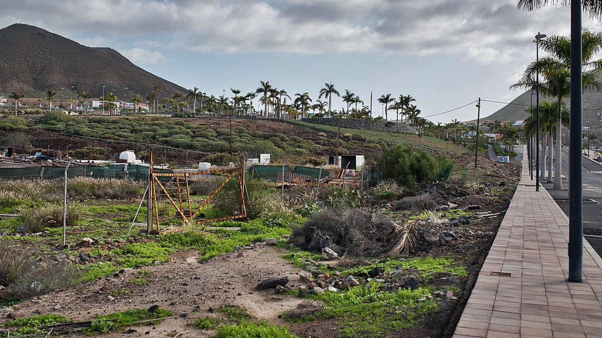 Parcelas preparadas para su explotación urbanística en el Plan Parcial de El Mojón, Los Cristianos.