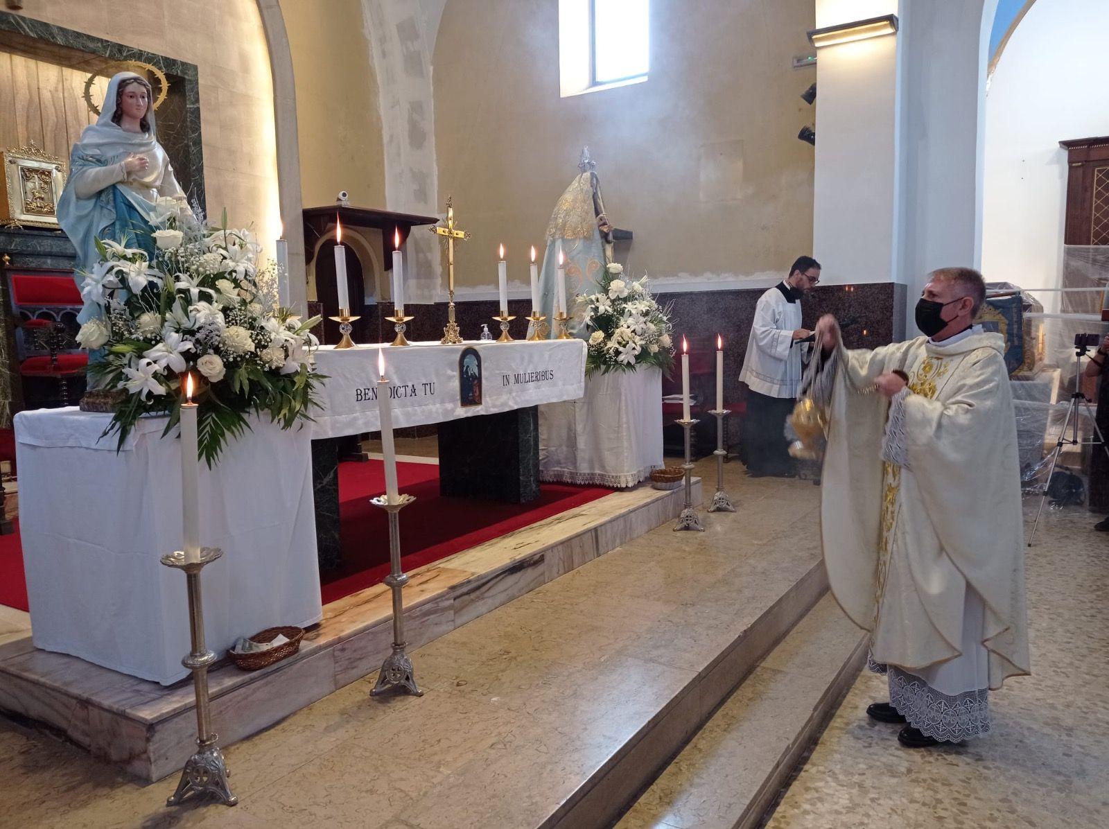 Un momento de la celebración de la misa