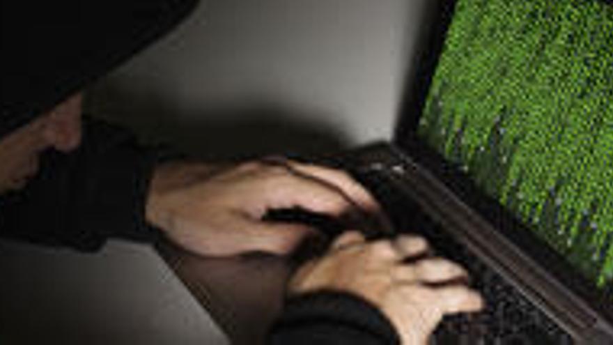 Un hacker planea un timo masivo tras comprar medio millón de teléfonos en internet