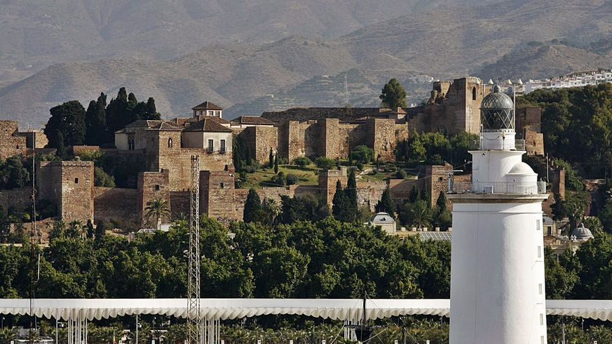 Málaga empezará a vender las entradas de la Alcazaba de forma online en un mes