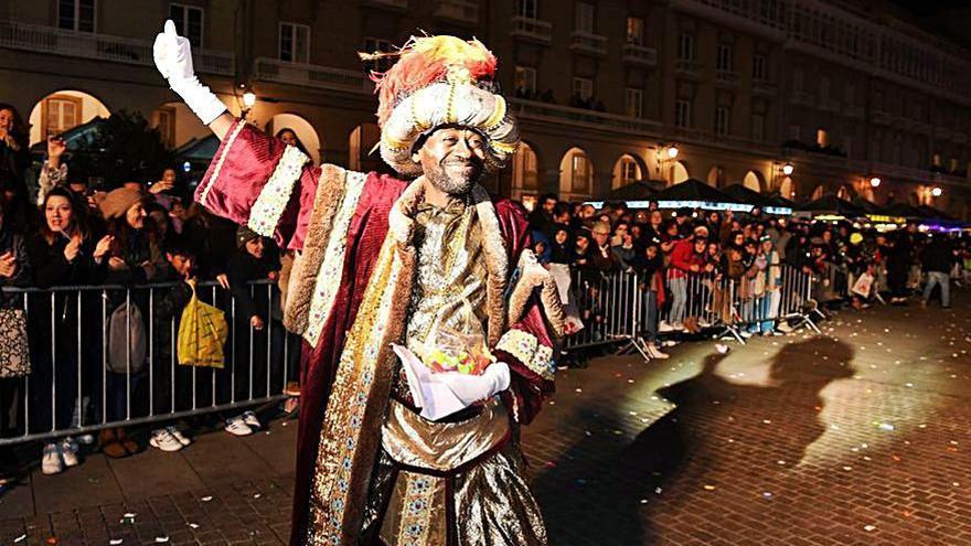 Tres recorridos para poder ver a los Reyes Magos en los barrios varias veces al día