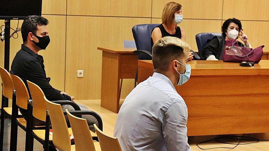 Solo dos años de cárcel para dos acusados de violar a una estudiante en Valencia