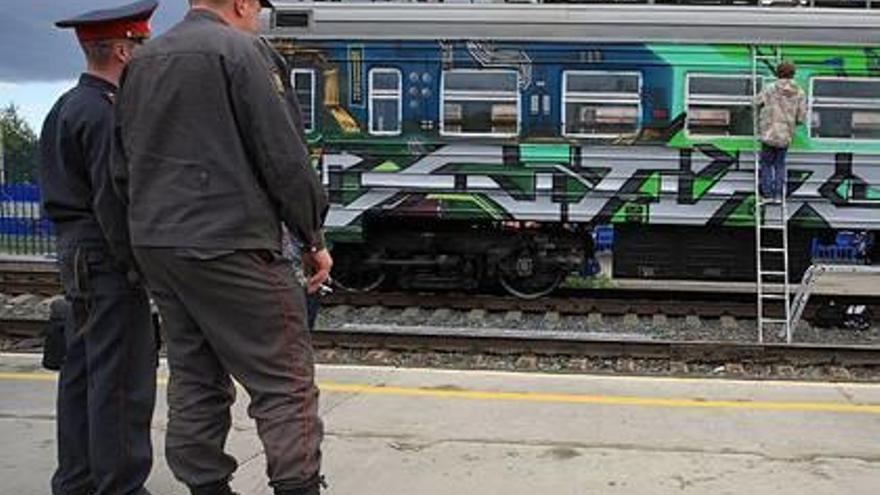 Un tren que fa les funcions  de porta a la Rússia siberiana