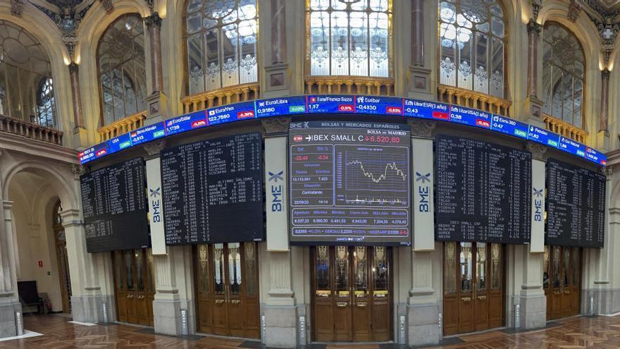 El Ibex 35 cae el 0,84 % pendiente de la economía