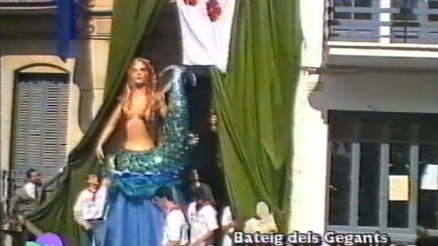 El Document del Mes de l'Arxiu de Roses parla del bateig dels gegants de 1995