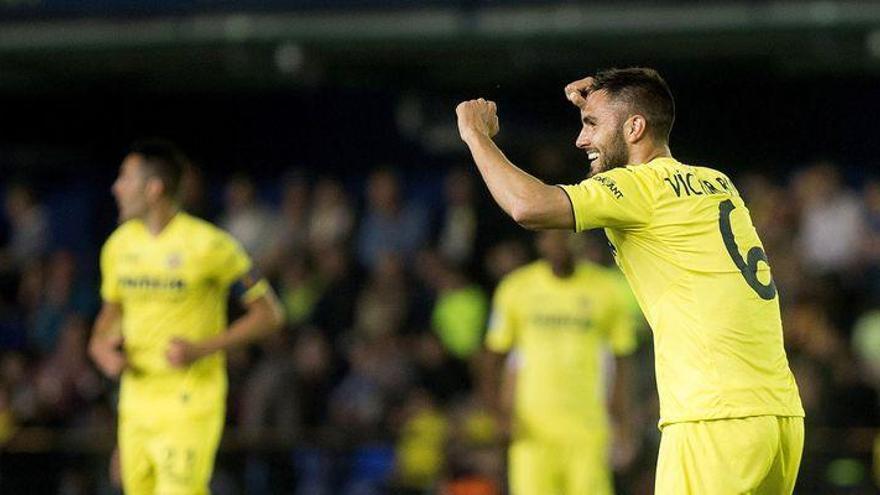 El Villarreal espera la contraoferta del Zenit para dejar salir a Víctor Ruiz