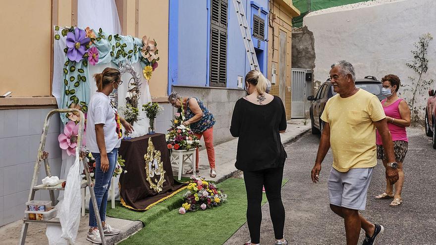 El Carmen marca el ritmo en La Isleta