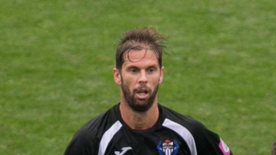 El centrocampista David Sánchez, primer fichaje invernal del Murcia