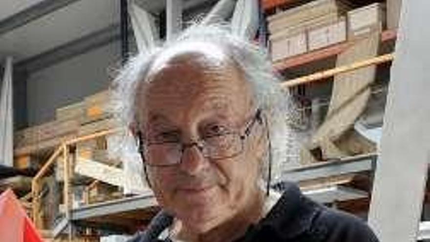 Un nuevo libro ahonda en la obra del escultor franquino Herminio