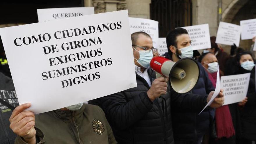 Càritas titlla «d'escàndol» els talls de llum al barri de Font de la Pólvora de Girona