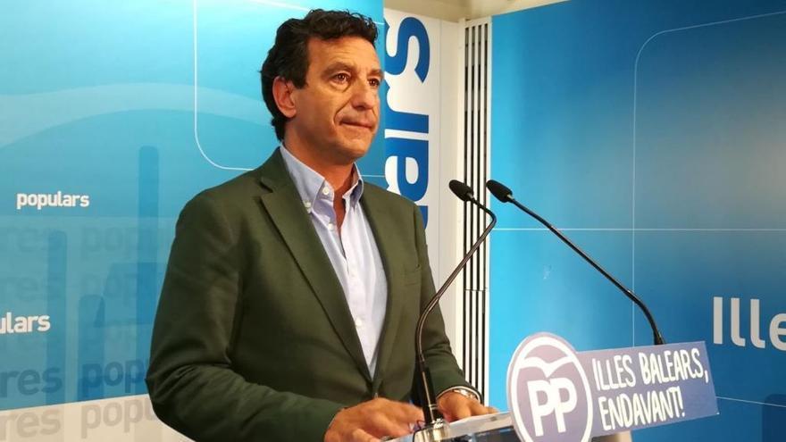 """Company acusa a Armengol de """"ir contra la democracia"""" frenando la labor de la oposición"""